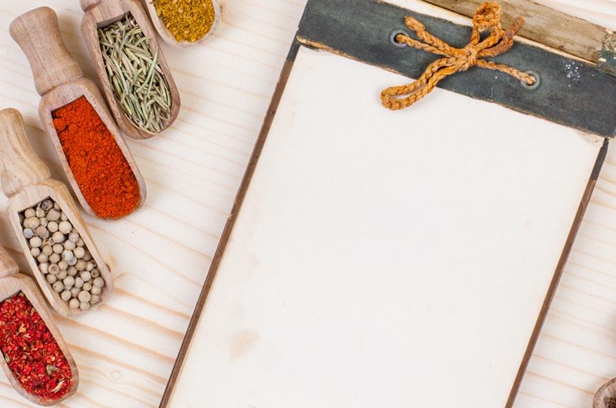 Spices and memo board
